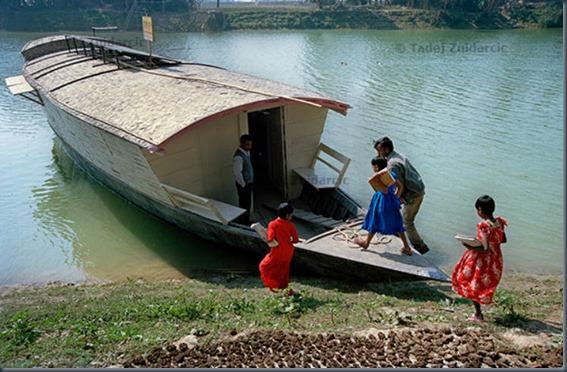 Школа лодок